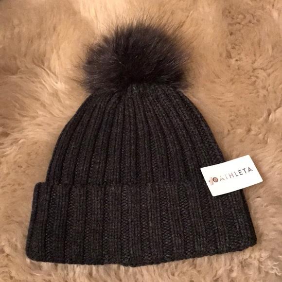 8516f49040d 🎁❄️NWT ATHLETA charcoal grey Pom Pom beanie hat